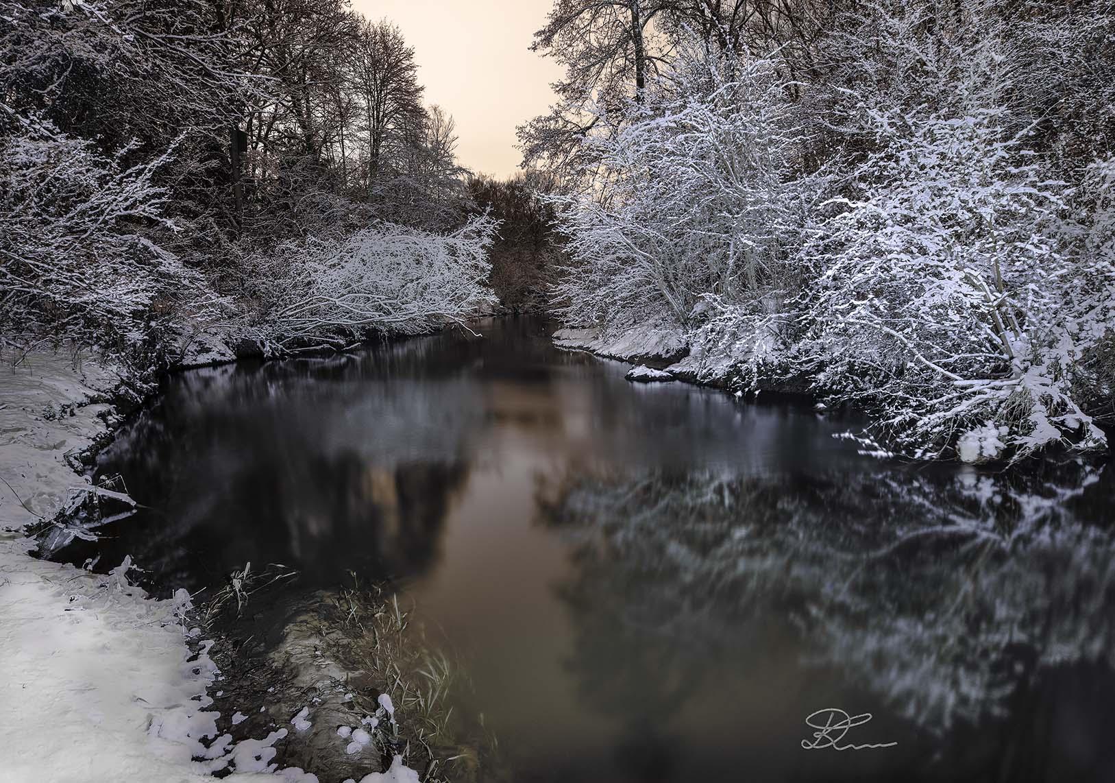 Fotoenter art fotografia rzeka Jeziorka zima 1
